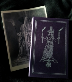 Special set: Slipcased book  with Hekate ikon